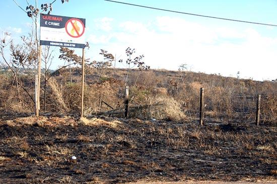 Em Rio Branco (AC), queimada em Área de Proteção Ambiental