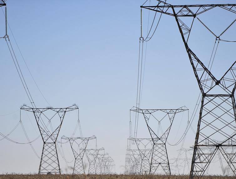 Ibama autorizou em 2012 o licenciamento de 4,2 mil km de linhas de transmissão, 1,7 mil dos quais em licenças de operação