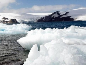 Para onde vai o A68, o maior iceberg do mundo, que se desprendeu da Antártida?