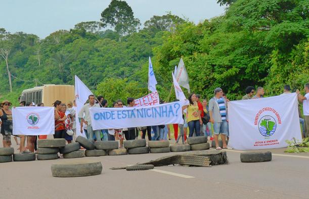protesto nicinha ro