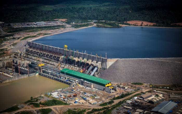 Obras complexas, como a hidrelétrica Belo Monte, podem ter seus impactos socioambientais negligenciados caso portaria do governo continue valendo, segundo o MPF | Todd Southgate