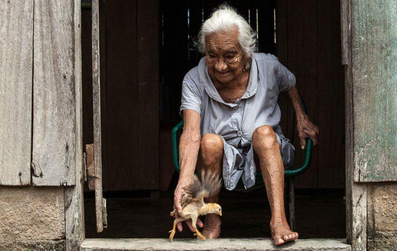 Aos 80 anos, Maria Cecília dos Santos viu cada um dos pescadores de Pimental crescer.  Foto: Lilo Clareto/Repórter Brasil