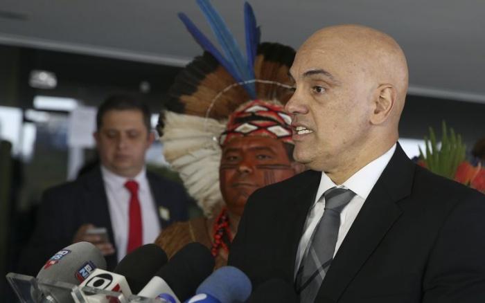 Ministro da Justiça, Alexandre de Moraes, fala após reunião com líderes indígenas, em setembro de 2016 | Valter Campanato-Agência Brasil