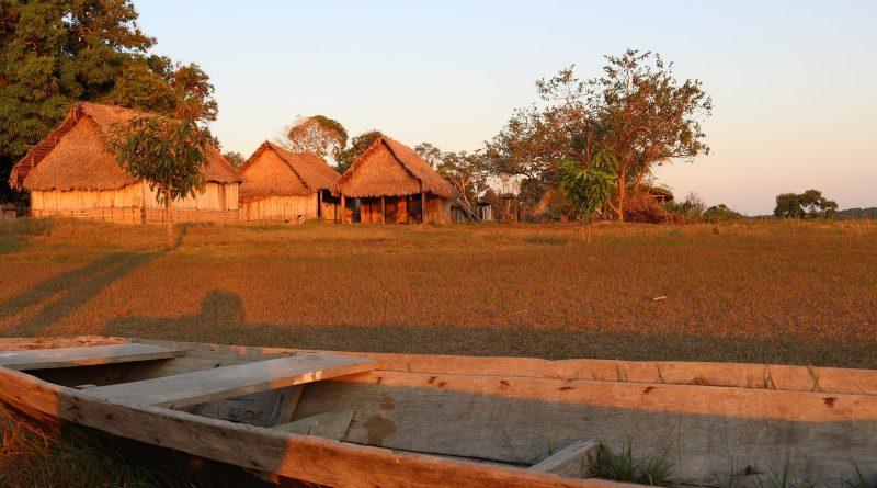 Nas margens do Rio Guaporé, primeiro vestibular é aplicado dentro de aldeia indígena em RO