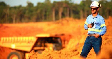 Bolsonaro avança com seu plano de expandir a mineração na Amazônia