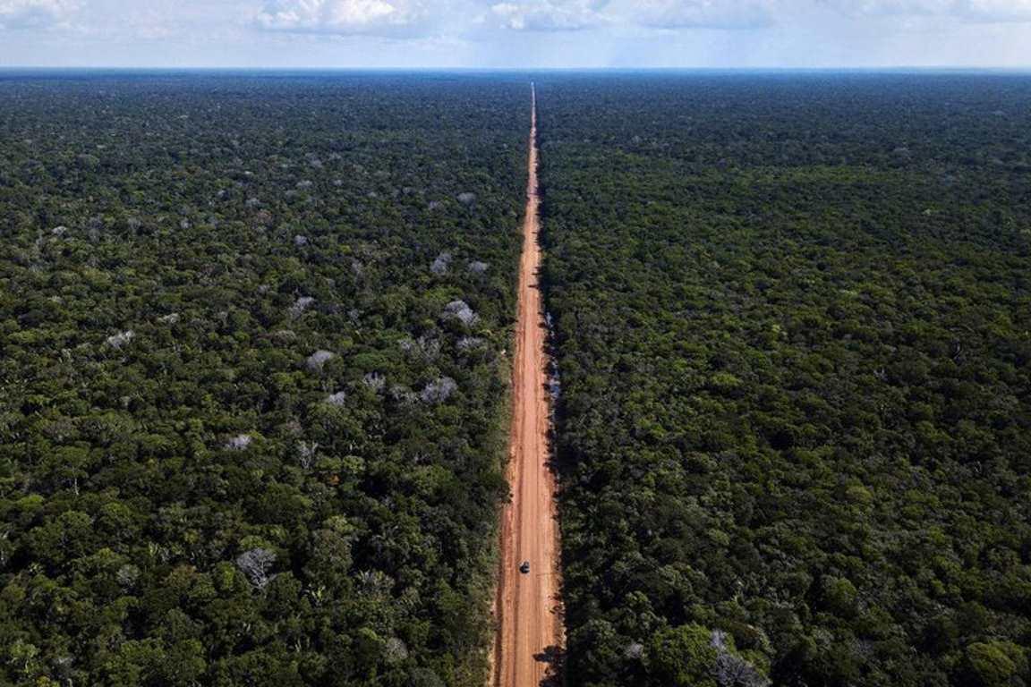 """""""Nova Transamazônica"""": reconstrução da BR-319 começa sem estudo de impacto ambiental"""