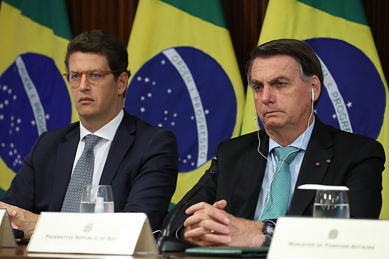 Jair Bolsonaro discursa na Cúpula do Clima e promete zerar o desmatamento ilegal